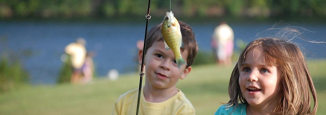 Niños pescadores
