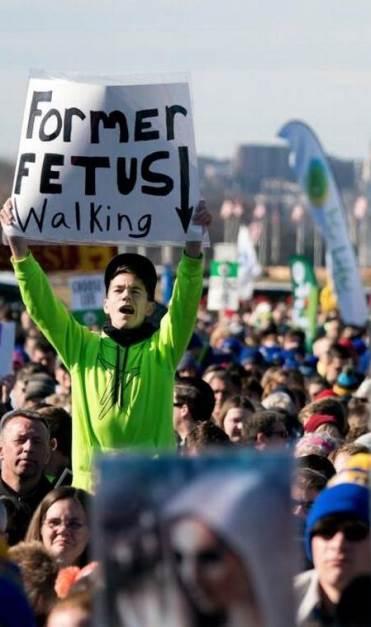 Empresas dan dinero a abortistas